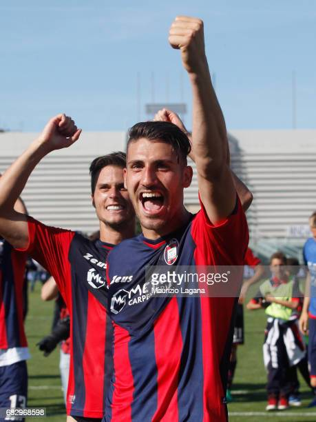Marcello Trotta of Crotone celebrates after the Serie A match between FC Crotone and Udinese Calcio at Stadio Comunale Ezio Scida on May 14 2017 in...