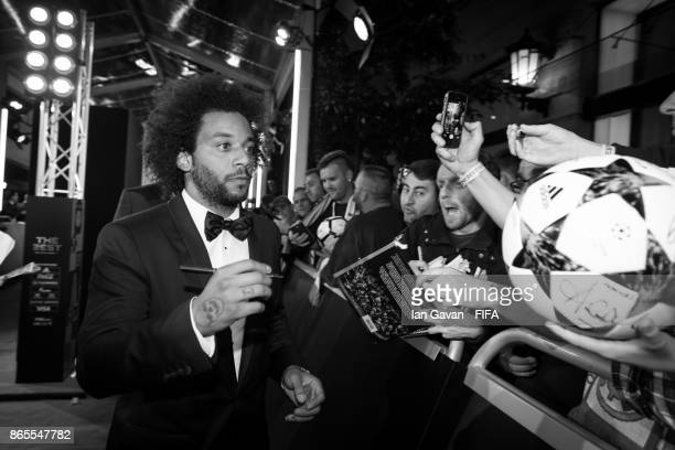 Marcelo arrives on the green carpet for The Best FIFA Football Awards at The London Palladium on October 23 2017 in London England