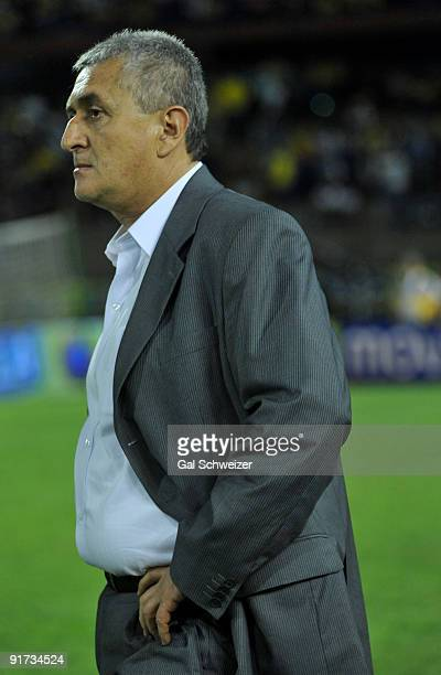 Marcelo Bielsa headcoach of Colombia gestures in lament after losing a match against Chile as part of the FIFA World Cup South Africa2010 South...