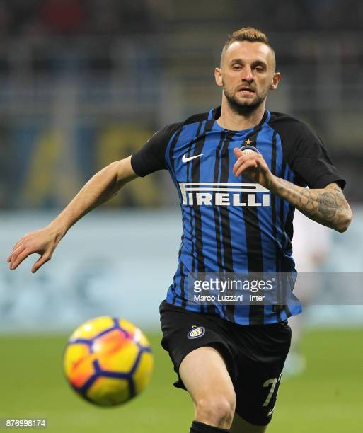 Marcelo Brozovic of FC Internazionale in action during the Serie A match between FC Internazionale and Atalanta BC at Stadio Giuseppe Meazza on...