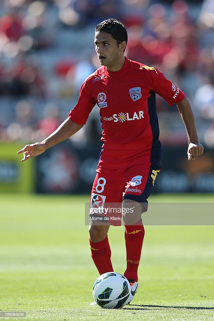 Marcelo Carrusca of Western Sydney runs with the ball during the round 19 A-League match between Adelaide United and the Western Sydney Wanderers at Hindmarsh Stadium on February 3, 2013 in Adelaide, Australia.