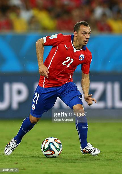 Marcelo Diaz of Chile controls the ball during the 2014 FIFA World Cup Brazil Group B match between Chile and Australia at Arena Pantanal on June 13...