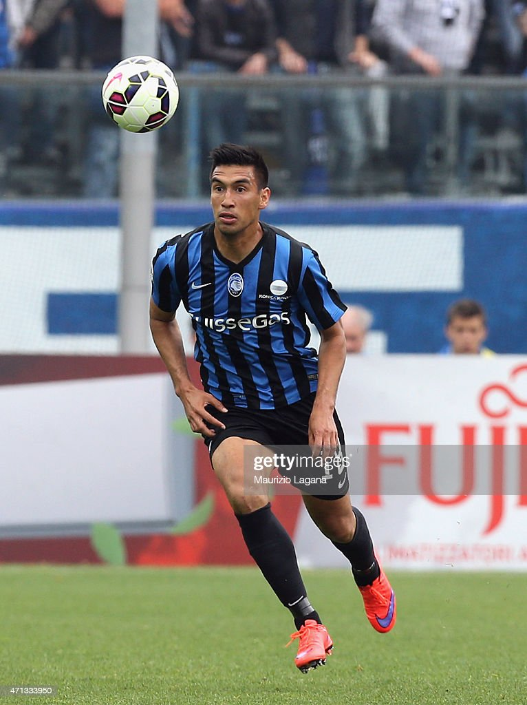 <a gi-track='captionPersonalityLinkClicked' href=/galleries/search?phrase=Marcelo+Estigarribia&family=editorial&specificpeople=5356243 ng-click='$event.stopPropagation()'>Marcelo Estigarribia</a> of Atalanta during the Serie A match between Atalanta BC and Empoli FC at Stadio Atleti Azzurri d'Italia on April 26, 2015 in Bergamo, Italy.