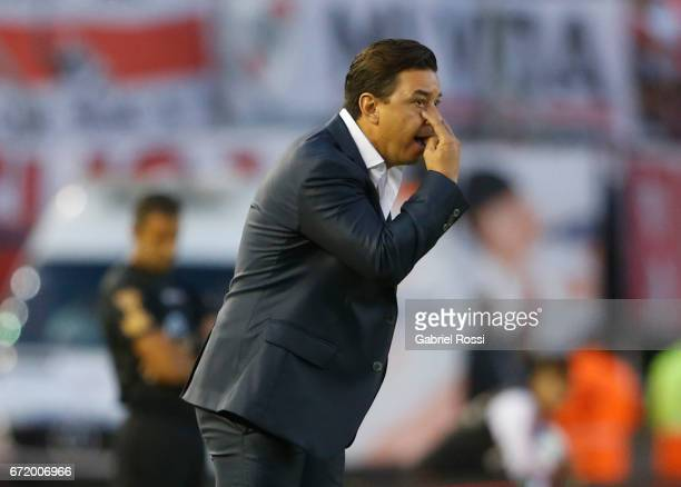 Marcelo Gallardo coach of River Plate gives instructions to his players during a match between River Plate and Sarmiento as part of Torneo Primera...