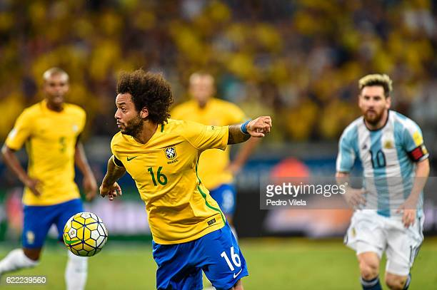 Marcelo of Brazil controls the ball duing a match between Brazil and Argentina as part 2018 FIFA World Cup Russia Qualifier at Mineirao stadium on...