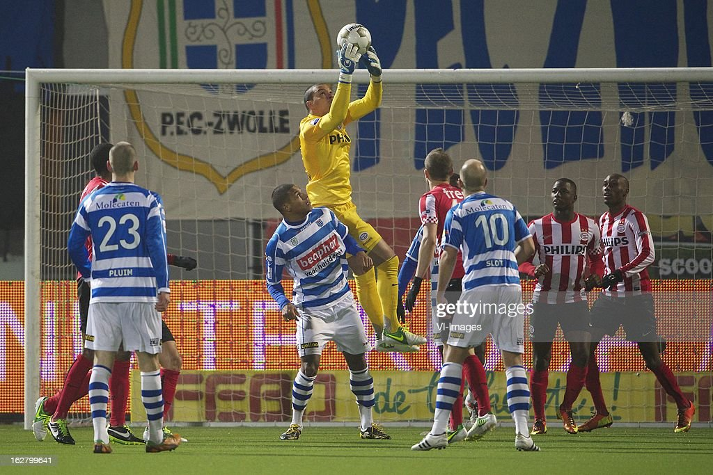 Marcelo of PSV, Wiljan Pluim of PEC Zwolle, Darryl Lachman of PEC Zwolle, goalkeeper Boy Waterman of PSV, Timothy Derijck of PSV, Arne Slot of PEC Zwolle, Jetro Willems of PSV, Atiba Hutchinson of PSV during the Dutch Cup match between PEC Zwolle and PSV Eindhoven at the IJsseldelta Stadium on february 27, 2013 in Zwolle, The Netherlands