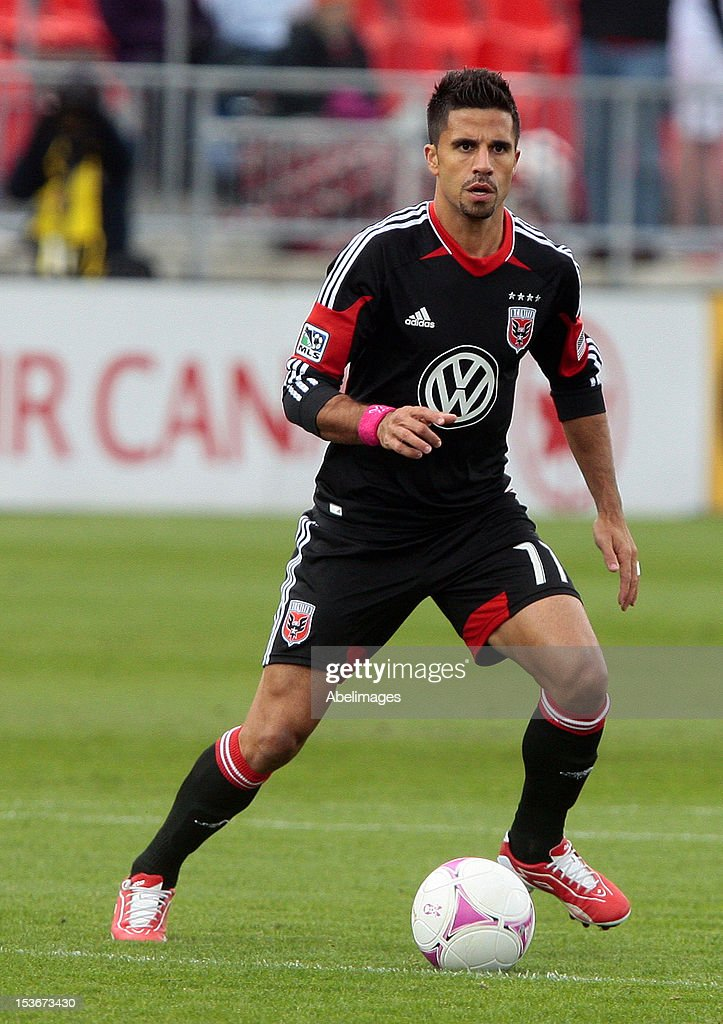 <a gi-track='captionPersonalityLinkClicked' href=/galleries/search?phrase=Marcelo+Saragosa&family=editorial&specificpeople=178311 ng-click='$event.stopPropagation()'>Marcelo Saragosa</a> #11 of DC United carries the ball during MLS action against the Toronto FC at BMO Field October 6, 2012 in Toronto, Ontario, Canada.