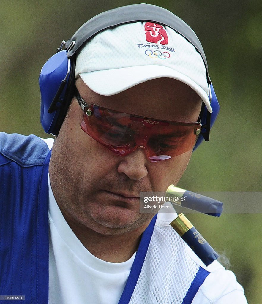 Marcelo Yarad of Chile competes in Men's Skeet Shooting Qualifiers event as part of the XVII Bolivarian Games Trujillo 2013 at Poligono Jose Quiñones on November 19, 2013 in Lima, Peru.