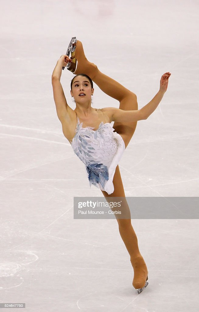 March 27 Los Angeles California United States Skater Alissa CZISNY during the Ladies Short Program at the 2009 World Figure Skating Championships...