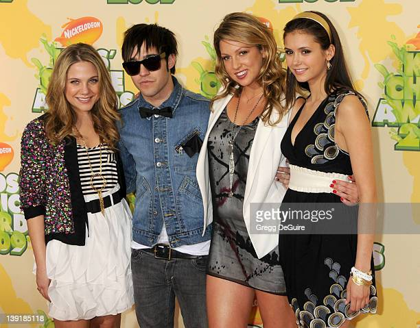 March 28 2009 Westwood Ca Lauren Collins Pete Wentz of Fall Out Boy Miriam McDonald and Nina Dobrev Nickelodeon's 22nd Annual Kid's Choice Awards...