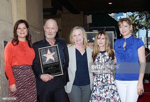 Marcia Gay Harden Ed Harris Amy Madigan Holly Hunter and Glenne Headly attend the ceremony honoring Ed Harris with a Star on The Hollywood Walk of...