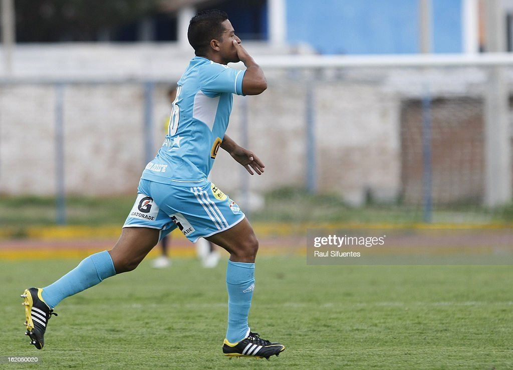 Marcio Valverde of Sporting Cristal celebrates a goal during a match between Sport Huancayo and Sporting Cristal as part of The Torneo Descentralizado 2013 at the Huancayo Stadium on February 18, 2013 in Huancayo, Peru