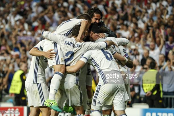 Marco Asensio of Real Madrid Casemiro of Real Madrid Daniel Carvajal of Real Madrid Isco of Real Madrid Sergio Ramos of Real Madrid Nacho of Real...