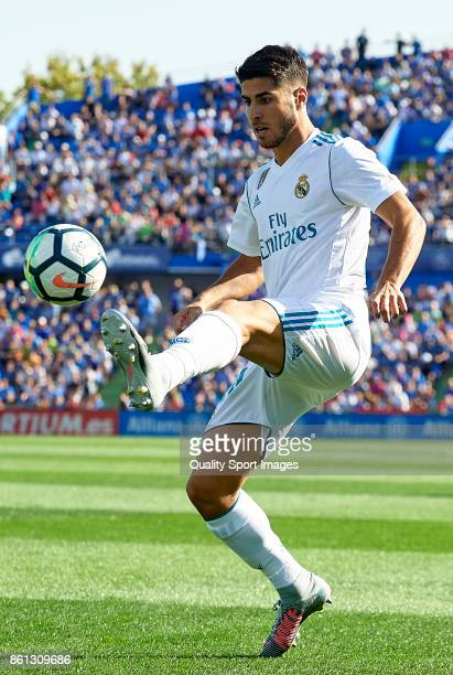 Marco Asensio of Real Madrid controls the ball during the La Liga match between Getafe and Real Madrid at Estadio Coliseum Alfonso Perez on October...