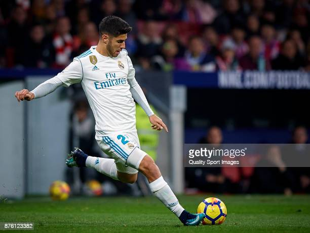 Marco Asensio of Real Madrid in action during the La Liga match between Atletico Madrid and Real Madrid at Wanda Metropolitano Stadium on November 18...