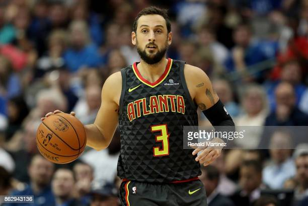 Marco Belinelli of the Atlanta Hawks at American Airlines Center on October 18 2017 in Dallas Texas NOTE TO USER User expressly acknowledges and...