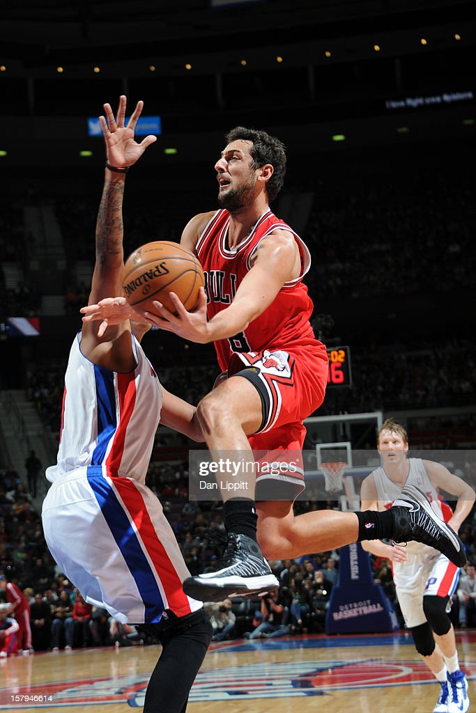 Marco Belinelli #8 of the Chicago Bulls drives to the basket against the Detroit Pistons on December 7, 2012 at The Palace of Auburn Hills in Auburn Hills, Michigan.