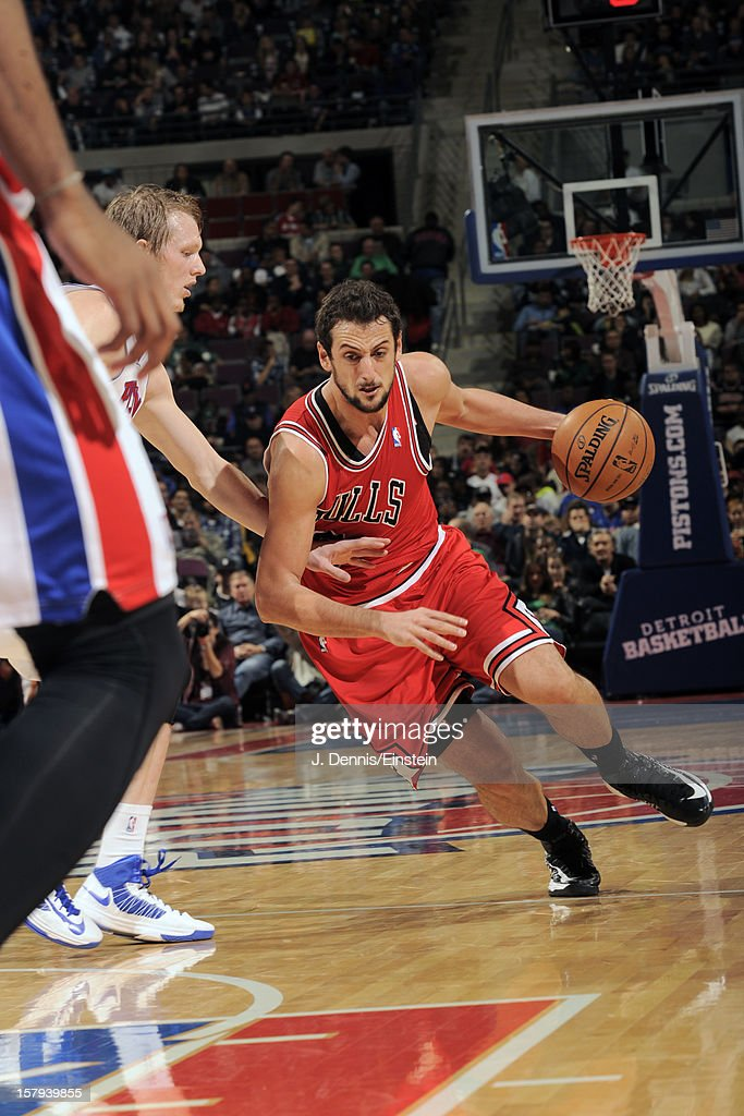 <a gi-track='captionPersonalityLinkClicked' href=/galleries/search?phrase=Marco+Belinelli&family=editorial&specificpeople=847592 ng-click='$event.stopPropagation()'>Marco Belinelli</a> #8 of the Chicago Bulls handles the ball against the Detroit Pistons on December 7, 2012 at The Palace of Auburn Hills in Auburn Hills, Michigan.