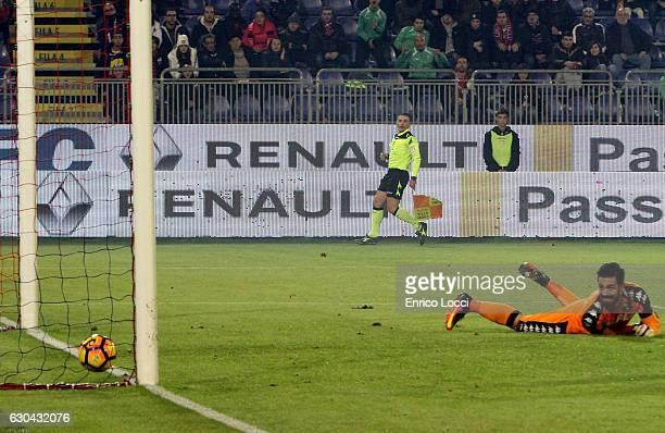 Marco Boriello of Cagliari scores the goal during the Serie A match between Cagliari Calcio and US Sassuolo at Stadio Sant'Elia on December 22 2016...