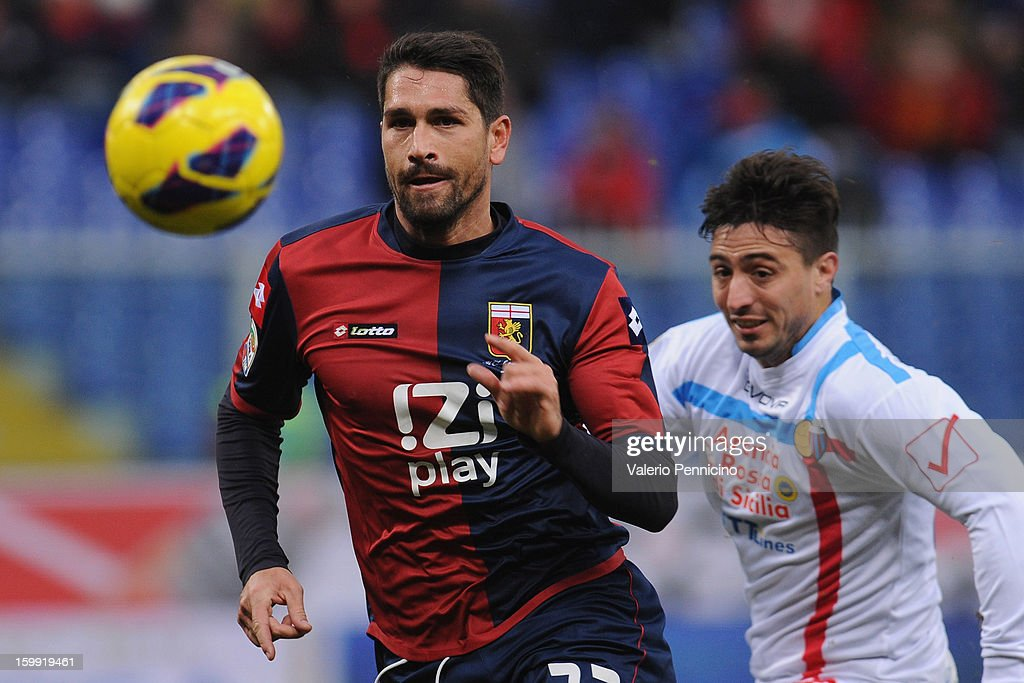 Marco Borriello (L) of Genoa CFC in action during the Serie A match between Genoa CFC and Calcio Catania at Stadio Luigi Ferraris on January 20, 2013 in Genoa, Italy.
