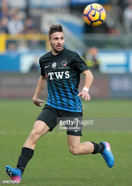 Marco D Alessandro of Atalanta BC in action during the Serie A match between Atalanta BC and ACF Fiorentina at Stadio Atleti Azzurri d'Italia on...