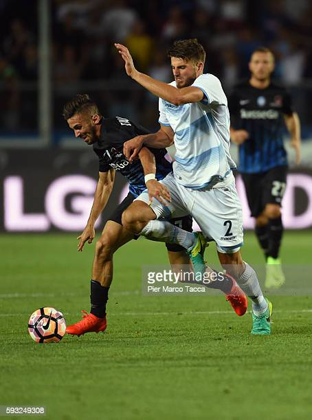 Marco D'Alessandro of Atalanta BC competes for the ball with Wesley Hoedt of SS Lazio during the Serie A match between Atalanta BC and SS Lazio at...
