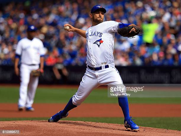 Marco Estrada of the Toronto Blue Jays pitches in the first inning during a MLB game against the New York Yankees on September 25 2016 at Rogers...