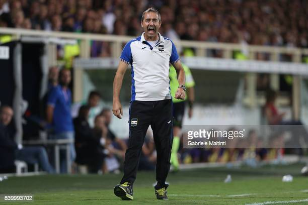 Marco Giampaolo manager of UC Sampdoria gestures during the Serie A match between ACF Fiorentina and UC Sampdoria at Stadio Artemio Franchi on August...