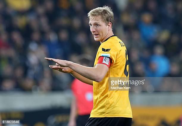 Marco Hartmann of Dresden gestures during the Second Bundesliga match between SG Dynamo Dresden and Eintracht Braunschweig at DDVStadion on October...