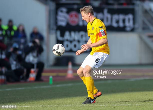 Marco Hartmann of Dynamo Dresden in action during the Second Bundesliga match between 1 FC Nuernberg and SG Dynamo Dresden at Arena Nuernberg on...