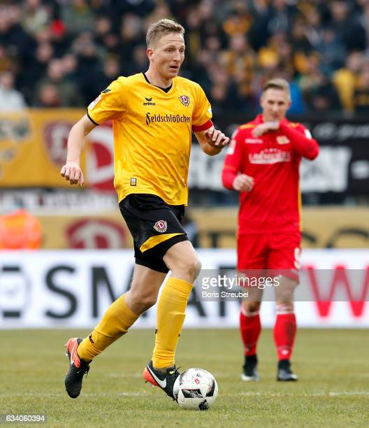 Marco Hartmann of SG Dynamo Dresden runs with the ball during the Second Bundesliga match between SG Dynamo Dresden and 1 FC Union Berlin at...