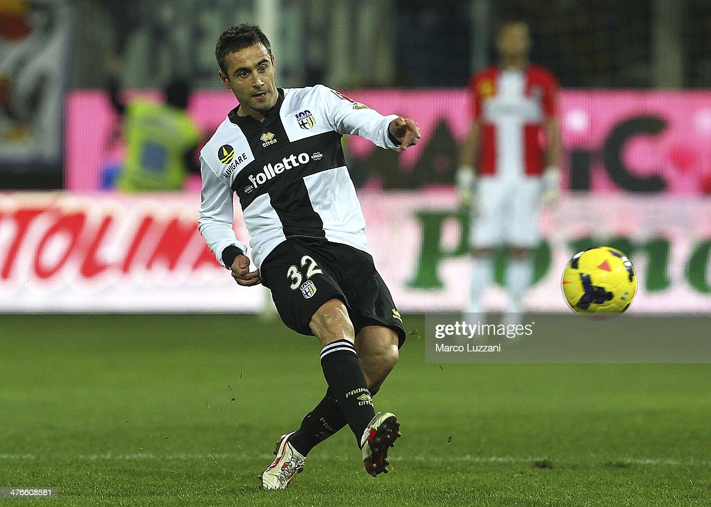 <a gi-track='captionPersonalityLinkClicked' href=/galleries/search?phrase=Marco+Marchionni&family=editorial&specificpeople=615713 ng-click='$event.stopPropagation()'>Marco Marchionni</a> of Parma FC kicks a ball during the Serie A match between Parma FC and ACF Fiorentina at Stadio Ennio Tardini on February 24, 2014 in Parma, Italy.