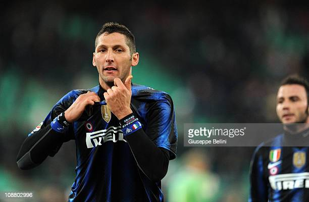 Marco Materazzi of Inter celebrates victory after the Serie A match between AS Bari and FC Intenazionale Milano at Stadio San Nicola on February 3...