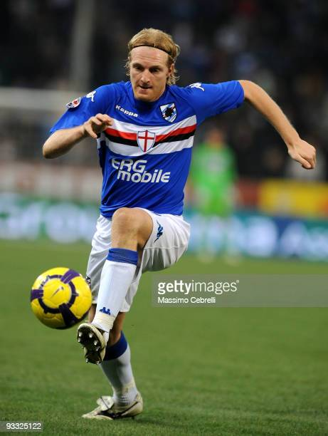 Marco Padalino of UC Sampdoria in action during the Serie A match between UC Sampdoria and AC Chievo Verona at Stadio Luigi Ferraris on November 22...