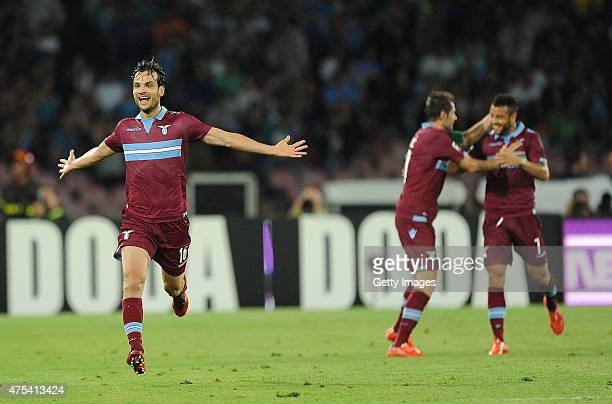 Marco Parolo of Lazio celebrates after scoring goal 10 during the Serie A match between SSC Napoli and SS Lazio at Stadio San Paolo on May 31 2015 in...