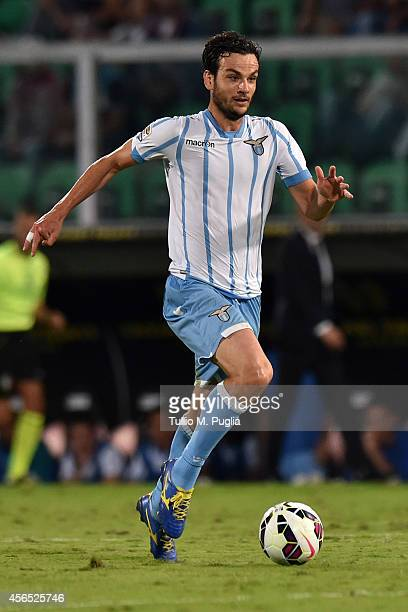 Marco Parolo of Lazio in action during the Serie A match between US Citta di Palermo and SS Lazio at Stadio Renzo Barbera on September 29 2014 in...