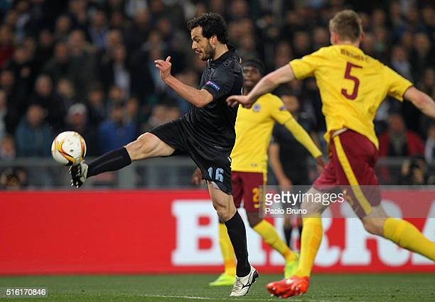Marco Parolo of SS Lazio kicks the ball during the UEFA Europa League Round of 16 second leg match between SS Lazio and Sparta Prague at Stadio...