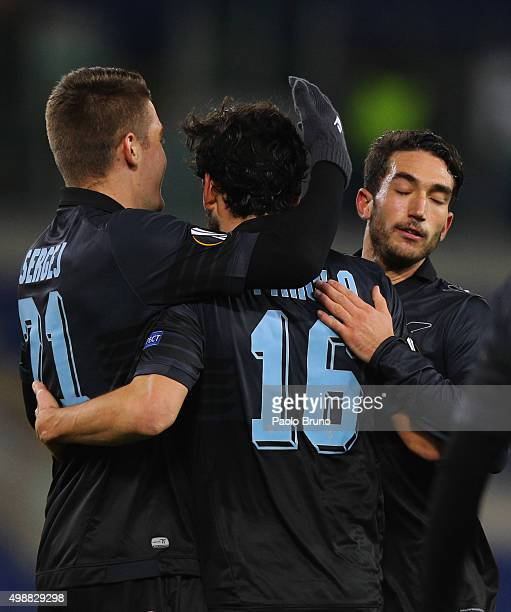 Marco Parolo with his teammates of SS Lazio celebrates after scoring the team's second goal during the UEFA Europa League group G match between SS...