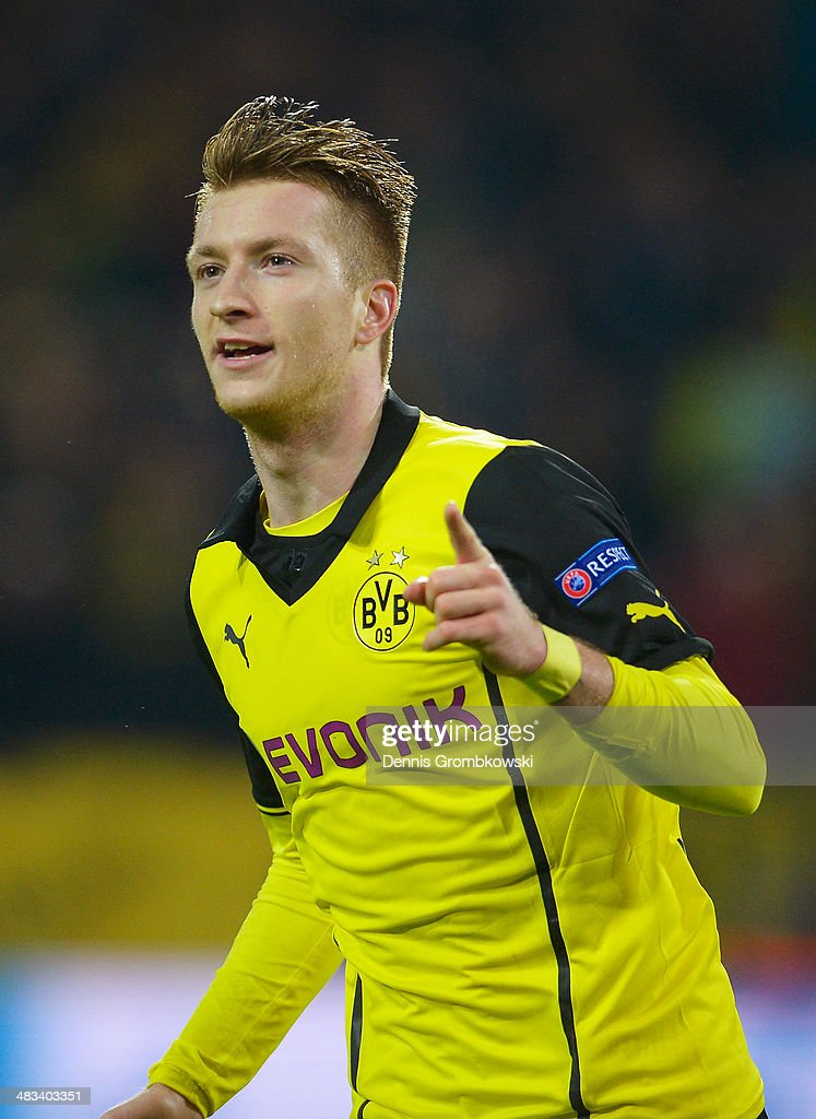 <a gi-track='captionPersonalityLinkClicked' href=/galleries/search?phrase=Marco+Reus&family=editorial&specificpeople=5445884 ng-click='$event.stopPropagation()'>Marco Reus</a> of Borussia Dortmund celebrates scoring his second goal during the UEFA Champions League Quarter Final second leg match between Borussia Dortmund and Real Madrid at Signal Iduna Park on April 8, 2014 in Dortmund, Germany.
