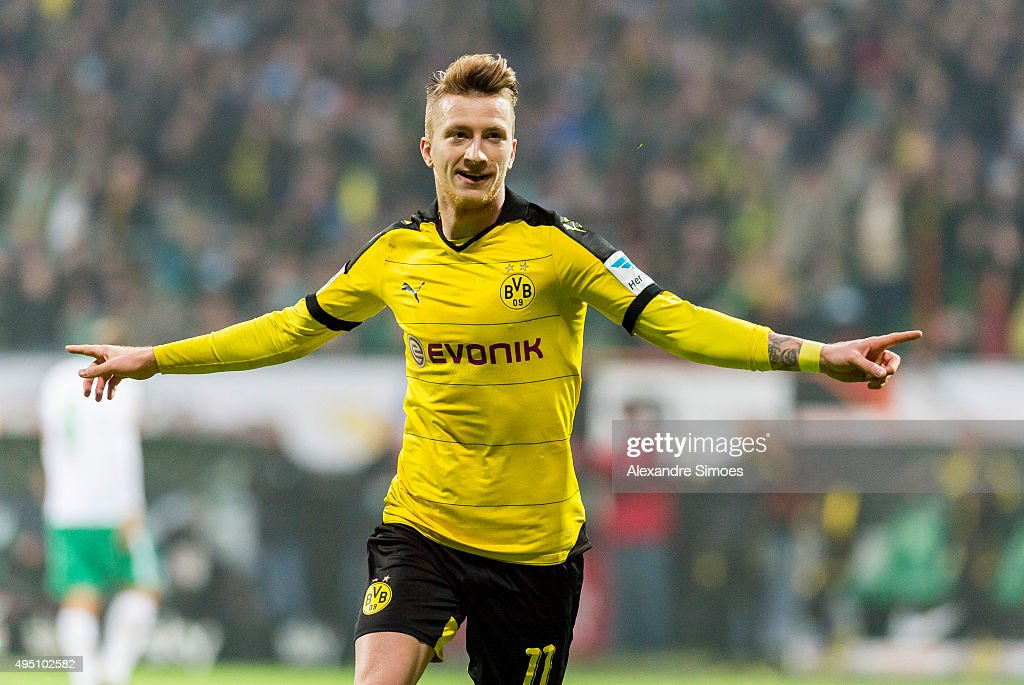 <a gi-track='captionPersonalityLinkClicked' href=/galleries/search?phrase=Marco+Reus&family=editorial&specificpeople=5445884 ng-click='$event.stopPropagation()'>Marco Reus</a> of Borussia Dortmund celebrates scoring the goal to make it 1:3 during the Bundesliga match between Werder Bremen and Borussia Dortmund at Weserstadion on October 31, 2015 in Bremen, Germany.