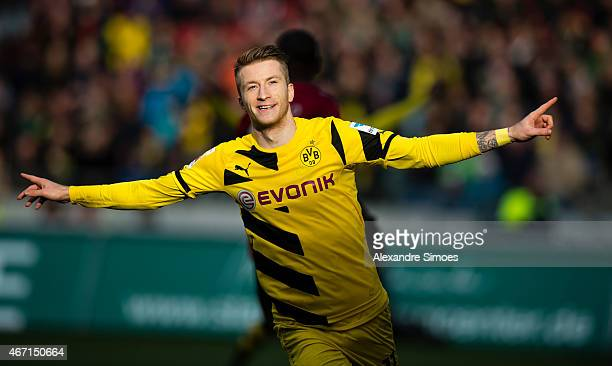 Marco Reus of Borussia Dortmund celebrates the goal to go 12 during the Bundesliga match between Hannover 96 and Borussia Dortmund at HDIArena on...