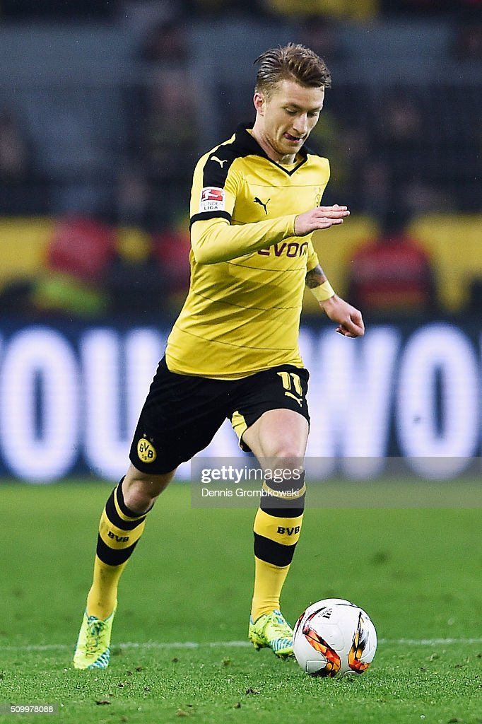 <a gi-track='captionPersonalityLinkClicked' href=/galleries/search?phrase=Marco+Reus&family=editorial&specificpeople=5445884 ng-click='$event.stopPropagation()'>Marco Reus</a> of Borussia Dortmund controls the ball during the Bundesliga match between Borussia Dortmund and Hannover 96 at Signal Iduna Park on February 13, 2016 in Dortmund, Germany.