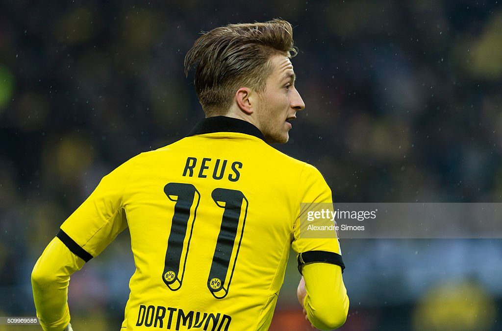 <a gi-track='captionPersonalityLinkClicked' href=/galleries/search?phrase=Marco+Reus&family=editorial&specificpeople=5445884 ng-click='$event.stopPropagation()'>Marco Reus</a> of Borussia Dortmund in action during the Bundesliga match between Borussia Dortmund and Hannover 96 at Signal Iduna Park on February 13, 2016 in Dortmund, Germany.