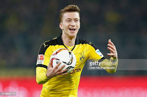 Marco Reus of Borussia Dortmund reacts during the Bundesliga match between Borussia Dortmund and FC Bayern Muenchen at Signal Iduna Park on March 5...