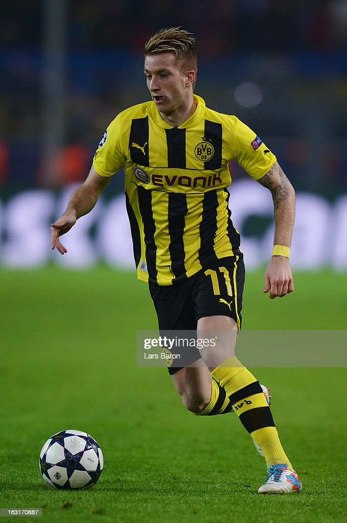 Marco Reus of Dortmund runs with the ball during the UEFA Champions League round of 16 second leg match between Borussia Dortmund and Shakhtar Donetsk at Signal Iduna Park on March 5, 2013 in Dortmund, Germany.