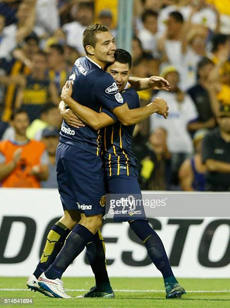 Marco Ruben of Rosario Central celebrates with Victor Salazar after scoring the opening goal during a match between Rosario Central and River Plate...