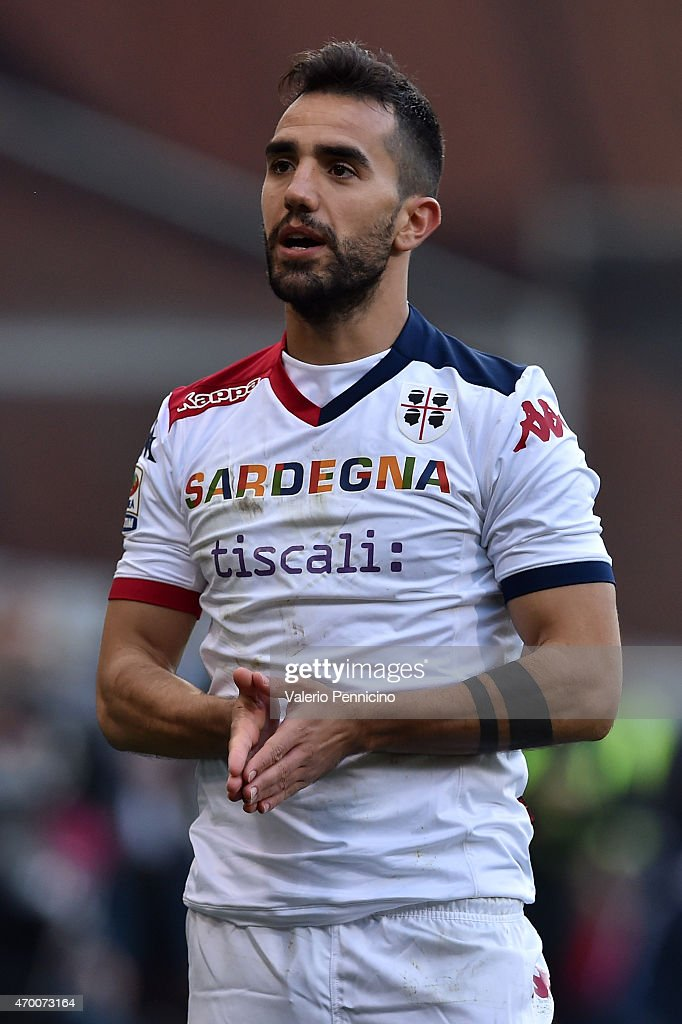 <a gi-track='captionPersonalityLinkClicked' href=/galleries/search?phrase=Marco+Sau&family=editorial&specificpeople=8343246 ng-click='$event.stopPropagation()'>Marco Sau</a> of Cagliari Calcio reacts during the Serie A match between Genoa CFC and Cagliari Calcio at Stadio Luigi Ferraris on April 11, 2015 in Genoa, Italy.