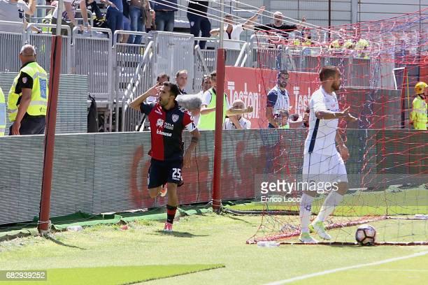 Marco Sau of Cagliari celebrates the goal 10 during the Serie A match between Cagliari Calcio and Empoli FC at Stadio Sant'Elia on May 14 2017 in...