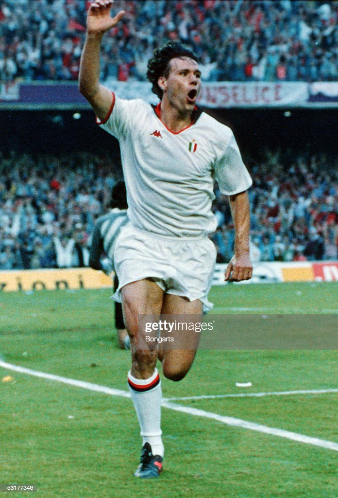 Marco Van Basten of AC Milan celebrates after he scored the 2nd goal during the European Cup Final match against Steaua Bucuresti at Nou Camp in...