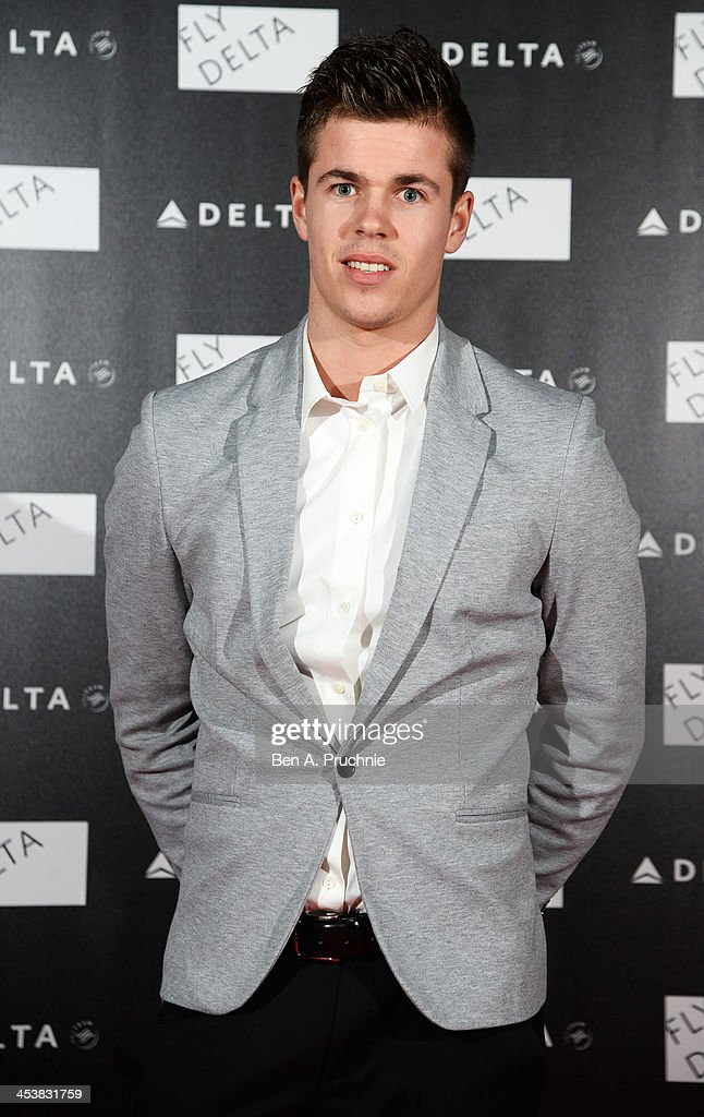 <a gi-track='captionPersonalityLinkClicked' href=/galleries/search?phrase=Marco+van+Ginkel&family=editorial&specificpeople=8048333 ng-click='$event.stopPropagation()'>Marco van Ginkel</a> attends Delta Air Lines Presents A Night Under The Bridge at Stamford Bridge on December 5, 2013 in London, England.
